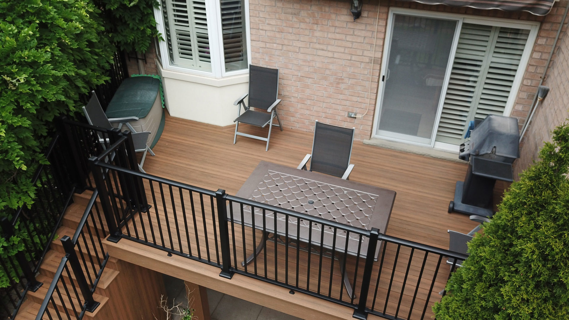 Tiva-Deck-PVC-Decking-Oakville-Tigerwood